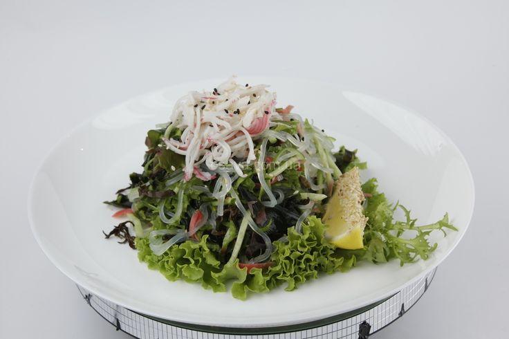 Салат с рисовой лапшой http://osava.com.ua/item/salatsrisovoylap#.VOxF0y53Aeo