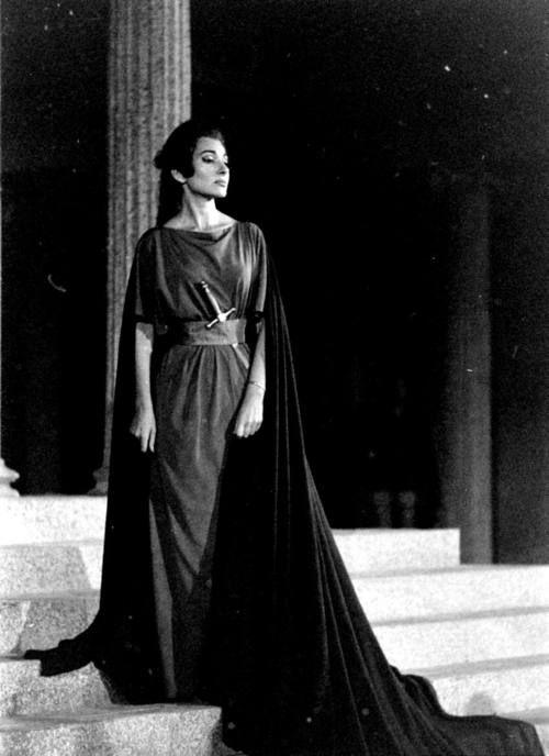Medea, 1961.
