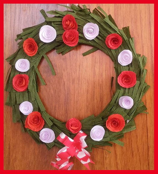 DIY Homemade Christmas Wreath Making with Paper