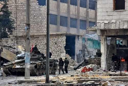 Fuerzas armadas sirias confirman alto el fuego total a partir de medianoche (Comunicado)