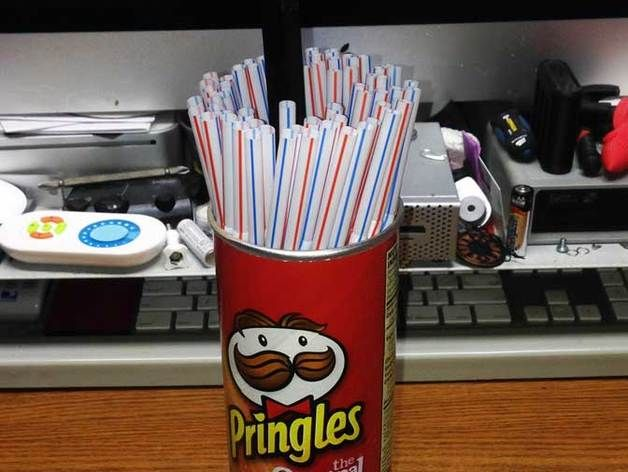 Pringles Can Straw Dispenser (for big printers) by tmorris9 - Thingiverse