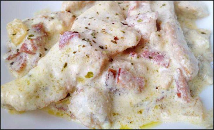 Pechugas de pollo con salsa esta receta es de las que se hace en casa de mis padres toda la - Como se hace pollo en salsa ...