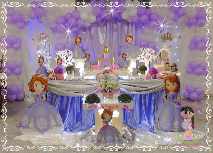 Nos últimos meses o seriado Princesinha Sofia exibido no Disney Júnior, aos sábado e domingo às 10hs e 21hs, tem encantado as meninas le...
