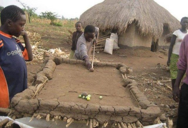 pool-table-africa1-640x434