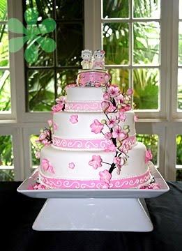 Hello Kitty Wedding Cake 2