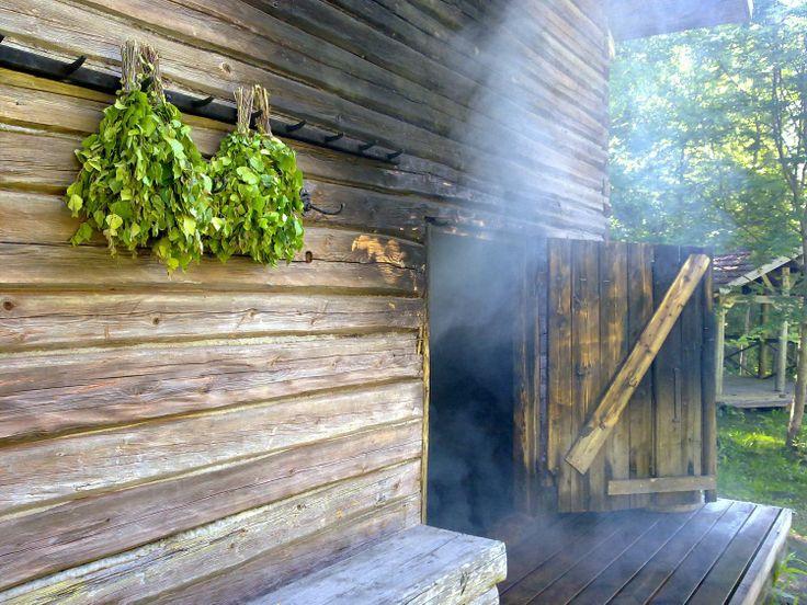 Traditional smoke sauna, Tolvanhelmi. www.tolvanhelmi.fi