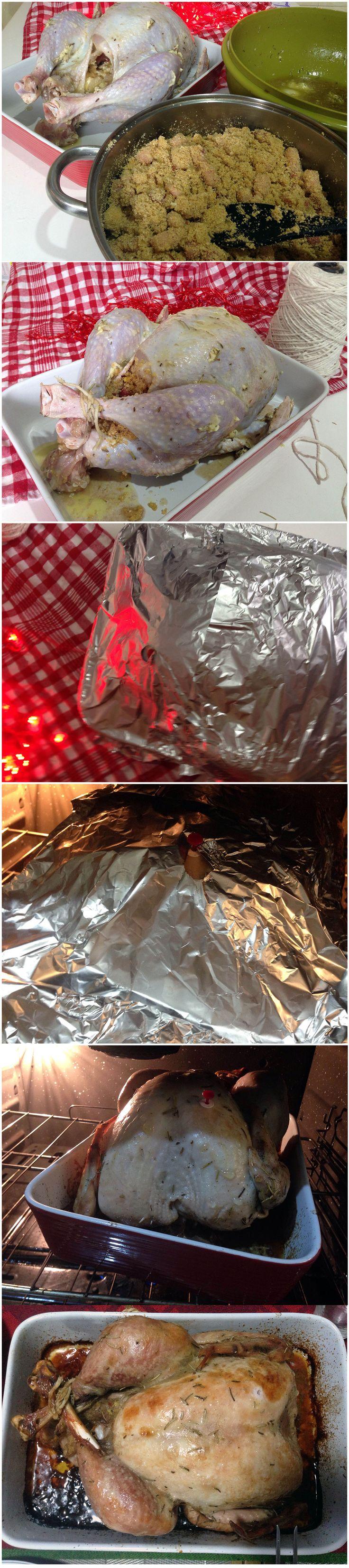 Sim, o Peru de Natal que compramos no mercado já vem temperado, mas não é o ideal e suficiente; quando assamos a carne acaba ficando seca e sem cor, então o melhor é dar o seu toque especial, dar amor e deixar ele bem mais delicioso. Então vem comigo, porque não requer muita prática nemLeia mais