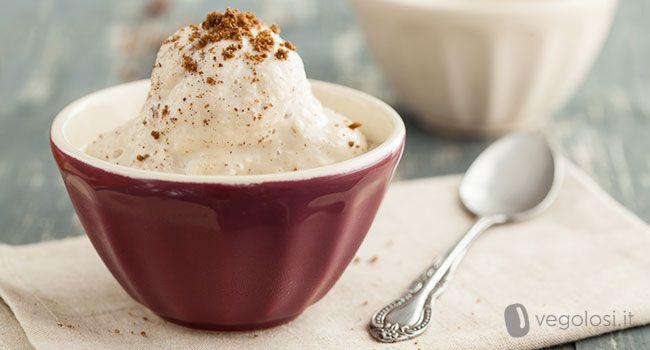 Il gelato senza latte nè uova? Si può fare! Ecco la ricetta vegolosa del gelato vegano! Davvero buonissimo e poi ci sono tanto gusti da provare!
