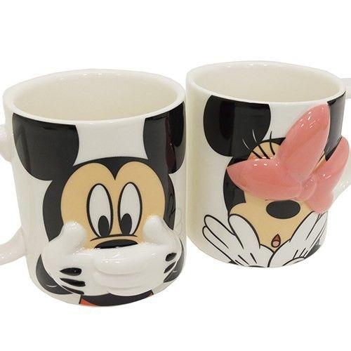 「ミッキー&ミニー マグカップ ペアマグカップ2個セット ハイディング ディズニー キャラクターグッズ通販」の商品情報やレビューなど。