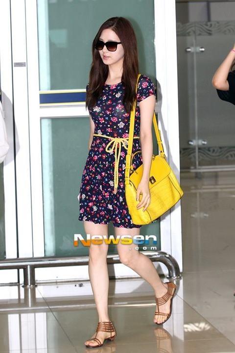 Seohyun ; cool airport fashion