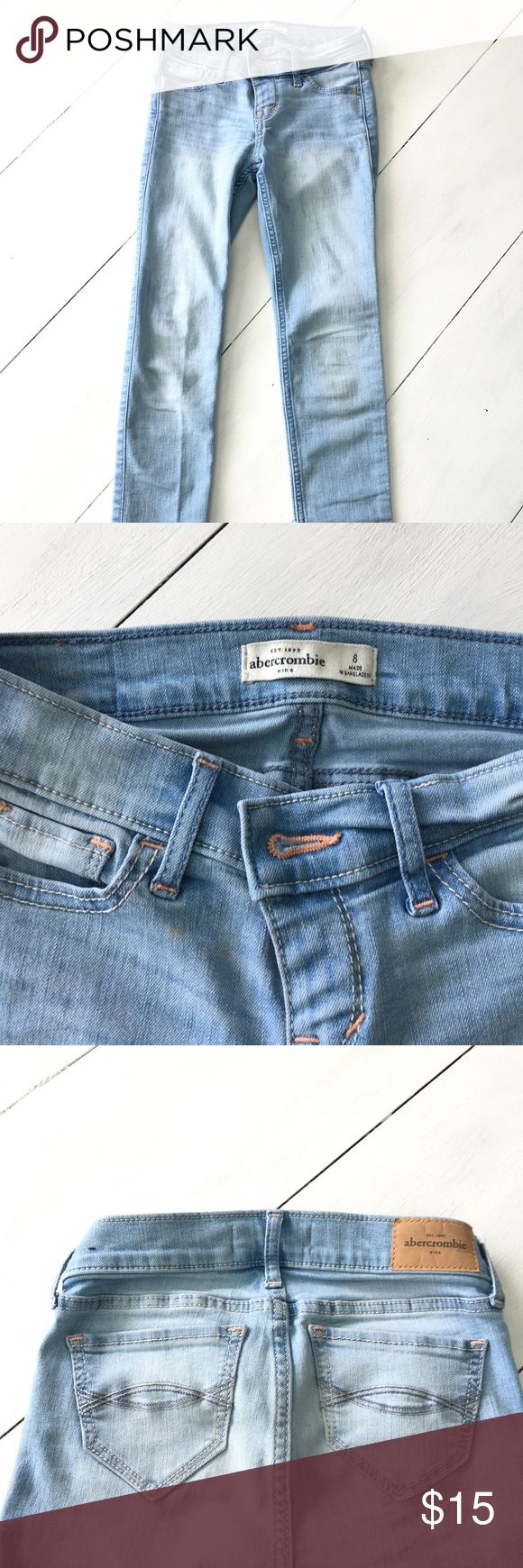 Abercrombie Girls sz 8 super skinny jeans EUC These Abercrombie Girls super skinny jeans are size 8 and a light blue wash. EUC abercrombie kids Bottoms Jeans