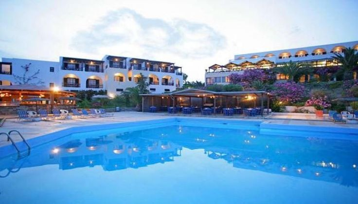 Andros Holiday Hotel στην Άνδρο, μόλις 15 μέτρα από το κύμα, μόνο με 99€!