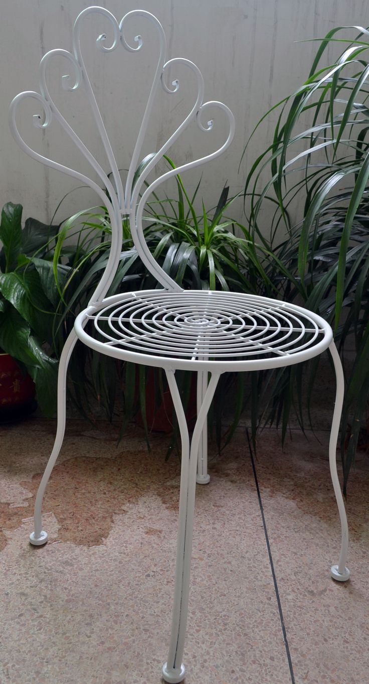 DECOR | Our iron Wilson white chair. A quirky and fun piece for both outdoors and indoors. $100RRP AUD. For wholesale enquiries email, info@philbee.com.au
