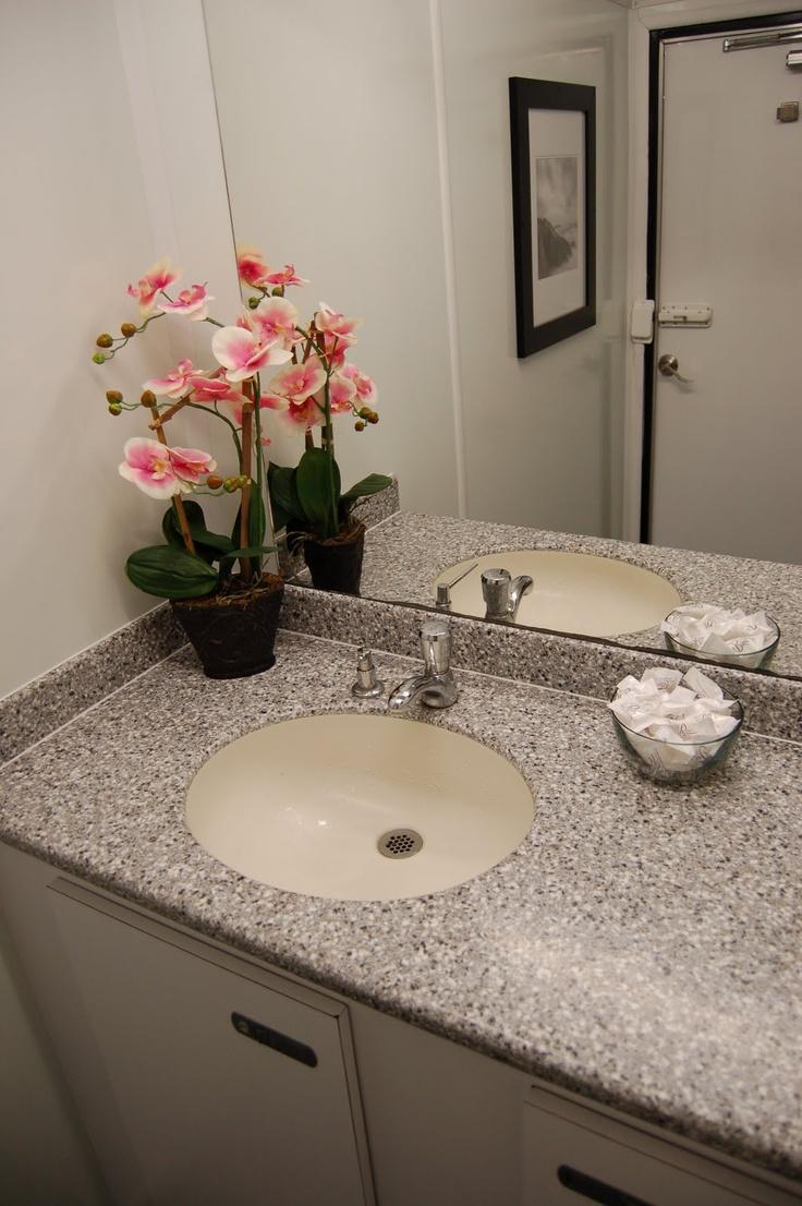 Portable Wedding Bathrooms Creatoplistecom - Bathroom rentals for weddings