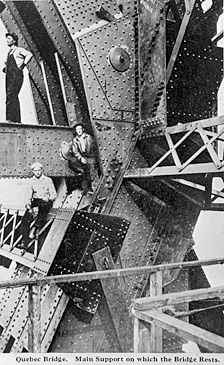 Ville de Québec - Pont de Québec 1917.