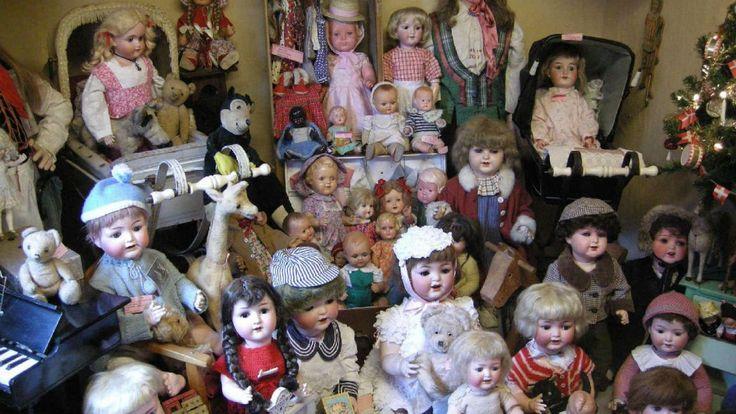 Skuldelev Dolls' museum in Skibby