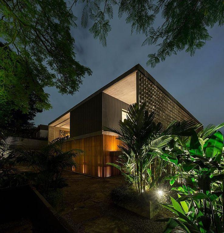 Casa B+B by Studio mk27 #architeture #pin_it @mundodascasas Veja mais aqui(See more here) www.mundodascasas.com.br