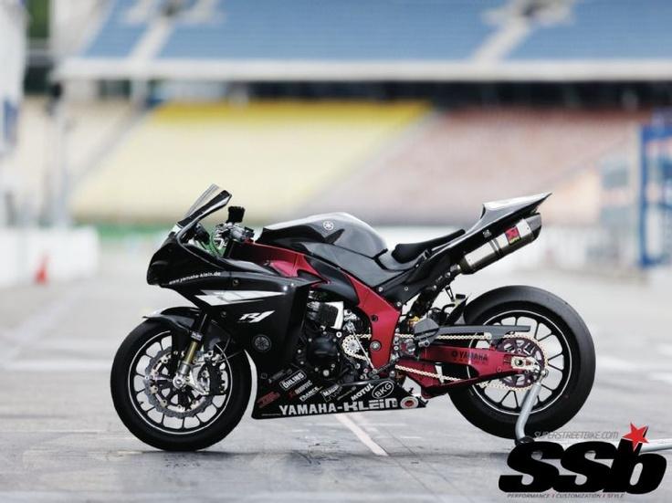 2009 Yamaha R1