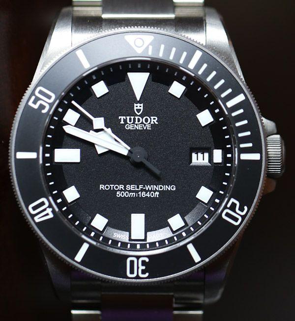 Bravo à Tudor, qui n'est plus qu'une pâle copie de sa compagnie mère Rolex. Tudor Pelagos Watch-22
