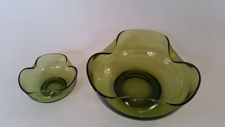 Vintage Bowl MidCentury Modern Green Glass Nesting Bowls Set of 2 1960's Serving Glass Bowls 60's Avocado Green Decor 60's Kitchen Decor by ZoomVintage on Etsy
