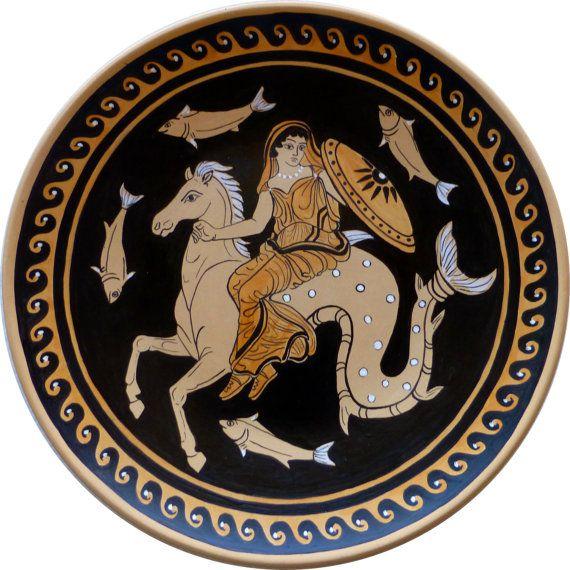 Ceramica greca piatto di biscotto rosso dipinto a mano. Handpainted clay plate. #greekpottery #ceramicagreca #homedecor #replica TO KNOW MORE, CLICK THE IMAGE: