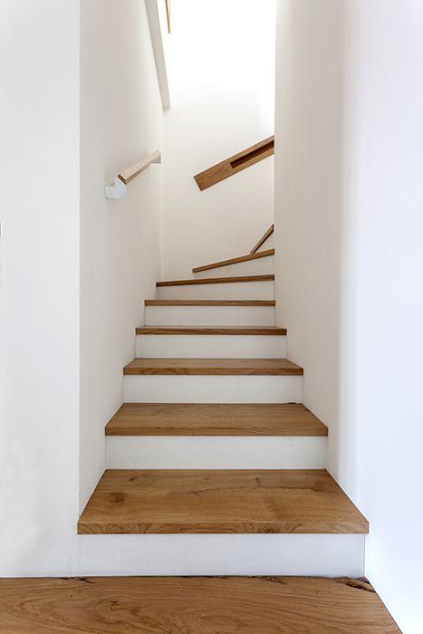 #wood #stairs #minimalist #white&wood #stairhandledesign