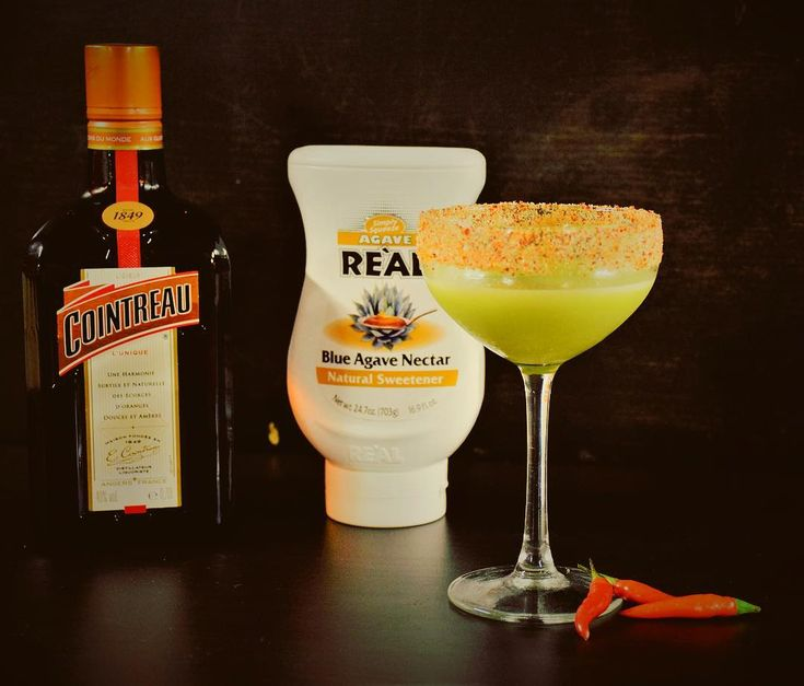 Happy Margarita Day!  Guacarita creates by our instructor @raphaelle.chaize : chili infused tequila Cointreau muddled avocado fresh lime juice agave nectar & chili and salt rim  @cointreau_officiel @cointreau @realsyrups @realingredients  #ebsparis #europeanbartenderschool #bar #bartending #barlife #bartender #mixology #deinks #cocktails #margarita #margaritaday #morethanjustagirlsname #tequila #agave #mexico #avocado #chili #drinkstagram #cocktailporn #cocktailoclock #mixologist…