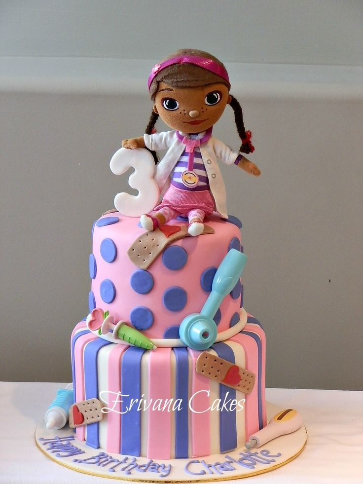 Doc Mcstuffins cake. Love this cake. I might have to make one.