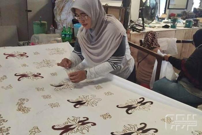Jadikan Mandiri Dan Kreatif Pemkot Latih Ibu Rumah Tangga