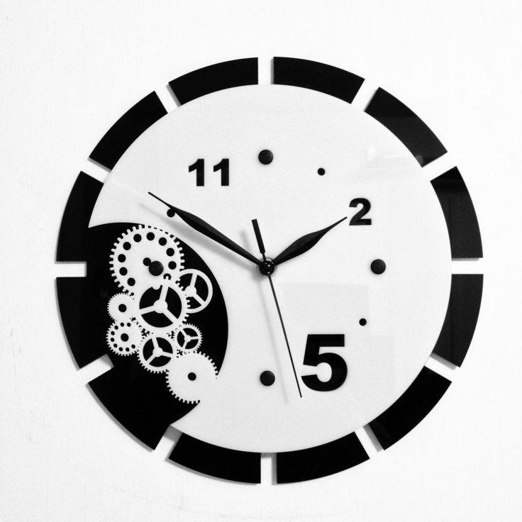 """Gear Wall Clock, Acrilic B&W 12"""""""