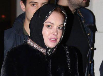 Di Atas Kapal Pesiar Lindsay Lohan Tetap Berpuasa Meski Temannya Asyik Berpesta  Model dan aktris cantik Hollywood Lindsay Lohan membuktikanketekunannya mempelajari Islam. Meski status mualaf-nya masih belum dapatdipastikan namun Lindsay tetap jalani puasa di tengah kesibukannya sebagaiseleb papan atas dunia. Seperti diberitakan New-magazine.co.uk Kamis (08/06/2017)wanita berusia 30 tahun ini terlihat sedang asyik berlibur bersama sejumlahselebritis dunia salah satunya Pamela Anderson usai…