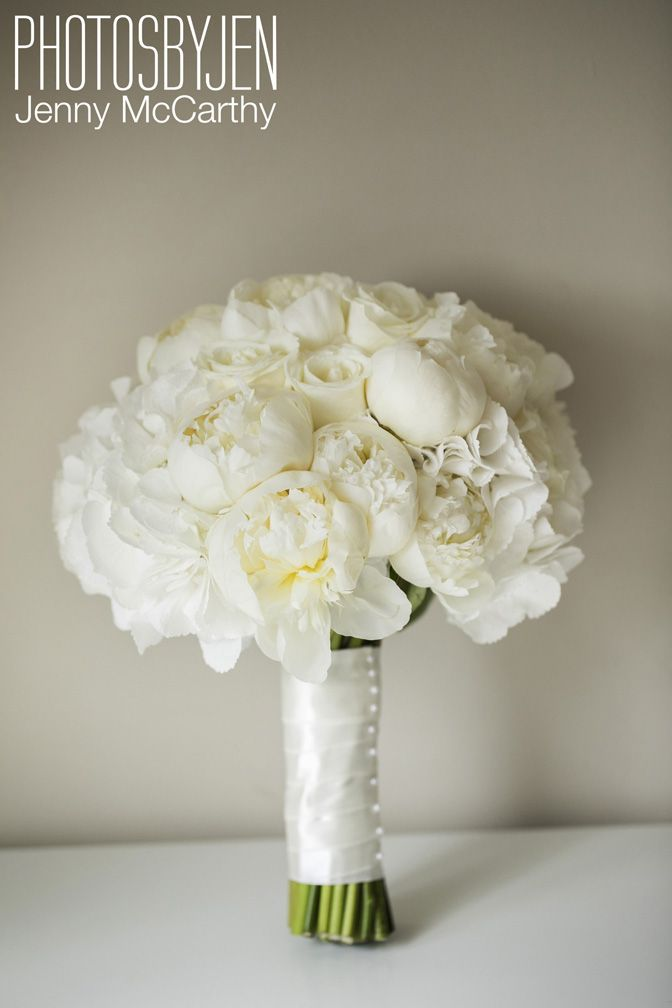 Lamber de Bie talks about the wedding flowers he created for Suzanne Jackson