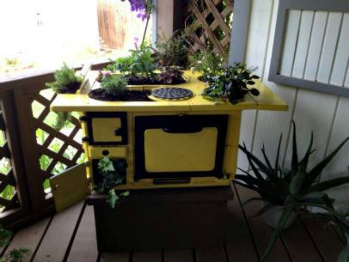 Cute Repurposed Cast Iron Stove As A Planter!