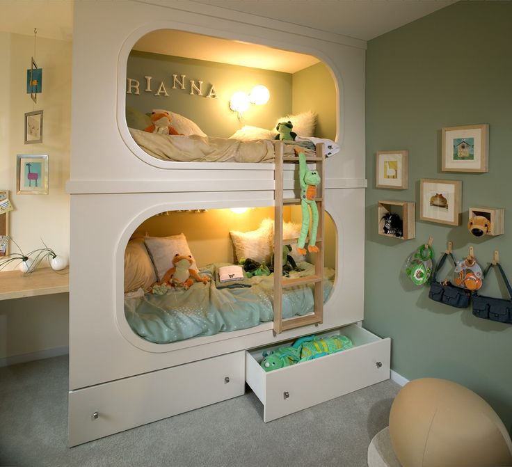 A cool way to do bunk beds! I love the name on the wall--might do this for my girls.