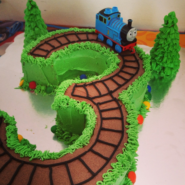 Thomas cake by Meee ;) yes I did it by Adriana San Román