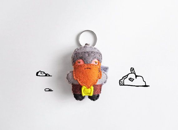 #Fantasy #Dwarf #keychain plush stuffed grumpy by InspirationalGecko #geek # #italiasmartteam #shopping #etsy #etsyshop #giftidea #keyring #felt #lordoftherings #nerd #handmade