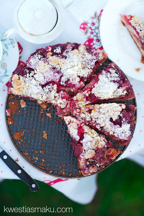 Ciasto owocowe (truskawki!) miękkie, cierane, z kruszonką, proste