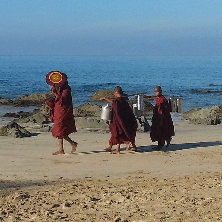 Novices in the morning, Ngapali Beach  #monks #buddhism #sand #sunrise #buddhistmonk #novice #ngapalibeach #beach #ocean #explore #beauty #peaceful #beautifulnature #nature #countryside #myanmar #myanmar🇲🇲 #goldenmyanmar #burma #burmese #travelphotography #travel #asia #southeastasia #local #locallife #amazing #scenery #reflection