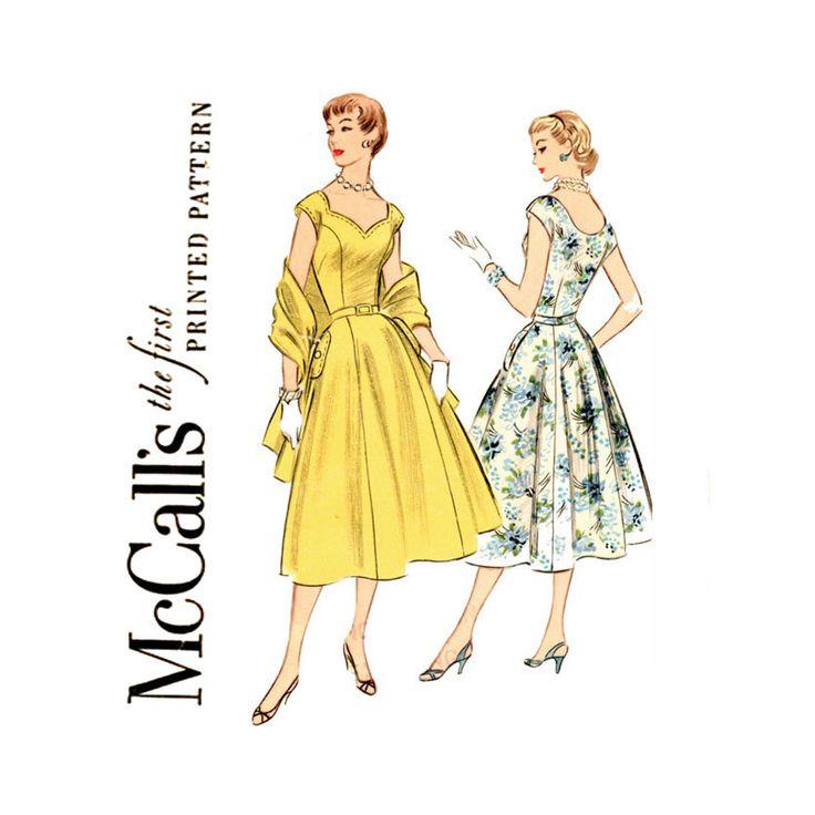 années 50 robe modèle buste 32 McCalls 3258 Fit & Flare princesse couture Sweetheart robe de soirée journée et ont volé Womens Vintage coudre des motifs par CynicalGirl sur Etsy https://www.etsy.com/fr/listing/177825519/annees-50-robe-modele-buste-32-mccalls