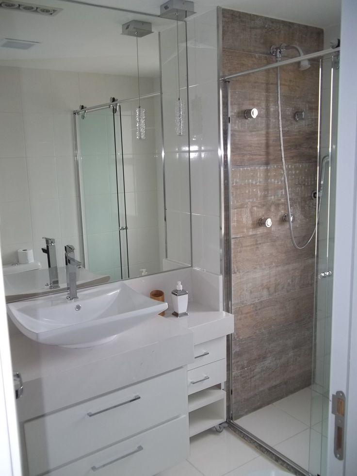 Banheiro suíte, com cuba de apoio, pendente para dar sofisticação a proposta  # Cuba Para Banheiro De Madeira