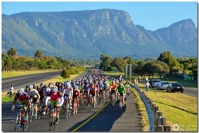 Cape Argus Pick n Pay Cycle Tour 2013 by Ian Junor, via Flickr