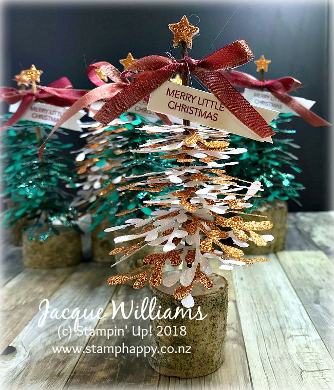 How To Make A Front Porch Christmas Tree Christmas Door Decorations Outdoor Christmas Tree Outdoor Christmas