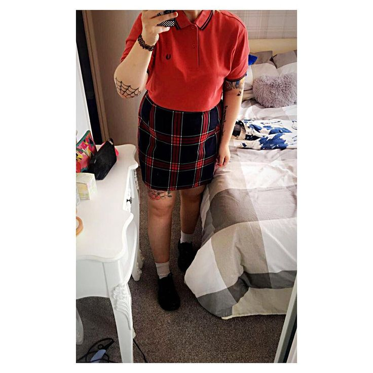 My outfit's cute as heck today 💖 Shame my knees look like Phil & Grant Mitchell... 😳 #Skinheadgirl #FredPerry ⭐️