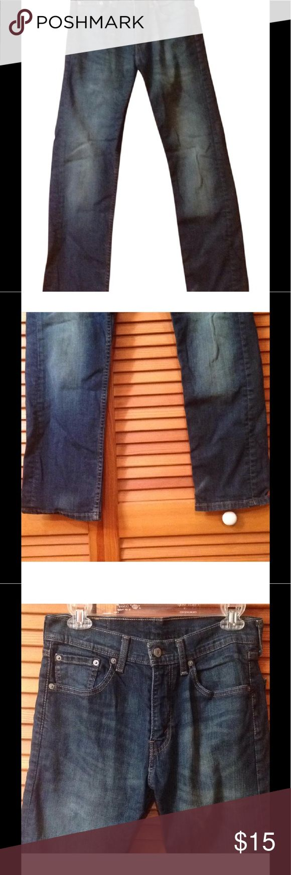 Classic Levi's 505 jeans Classic old school Levi 505 jeans. Straight leg. Would make great cut-offs for summer. Size 29x30 Levi's Jeans Straight Leg