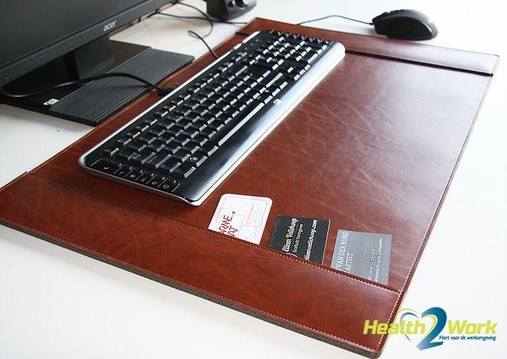 De verwarmde bureau-onderlegger houdt je handen warm tijdens het muizen!