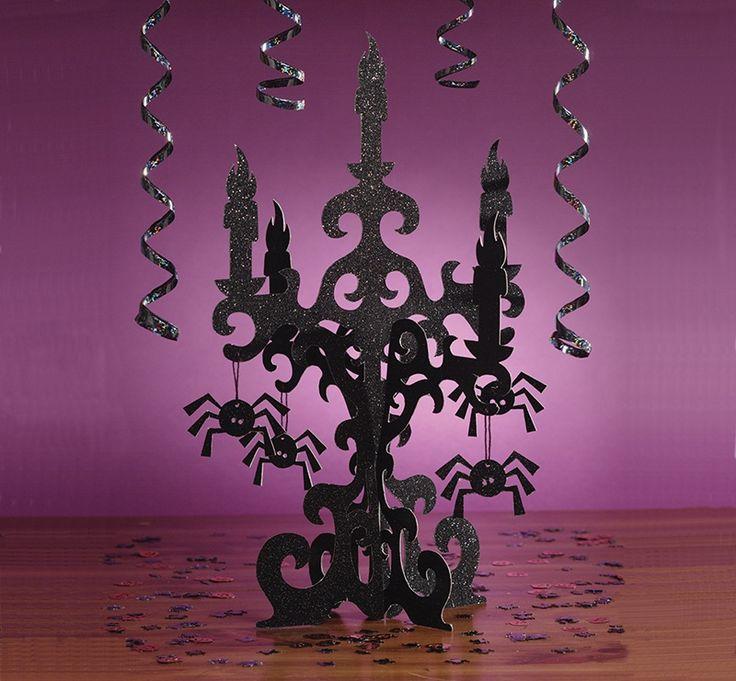 Kartonowy kandelabr - dekoracja, która pomoże stworzyć magiczny, tajemniczy klimat podczas Andrzejek.