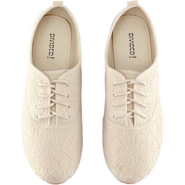 H&M Fabric shoes (20 PEN) ❤ liked on Polyvore featuring shoes, oxfords, flats, zapatos, white, h&m, lace flats, lace shoes, flat shoes and white lace shoes