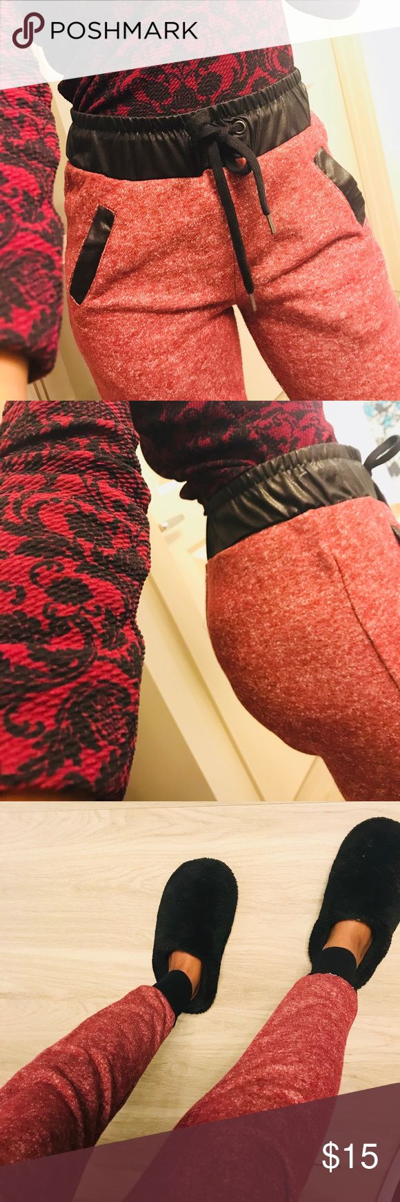 Light Red Jogger Sweatpants These joggers are in great condition, like new. I️ just tried them on. Pants Track Pants & Joggers