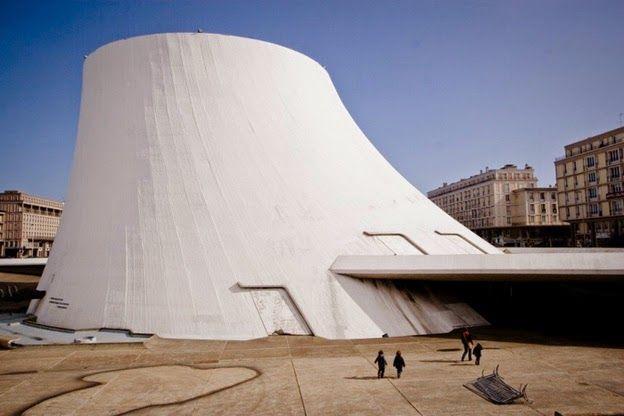 Oscar Niemeyer. Оскар Нимейер.