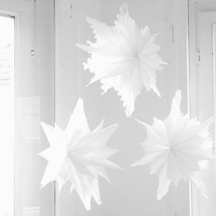die besten 17 ideen zu sterne basteln auf pinterest. Black Bedroom Furniture Sets. Home Design Ideas